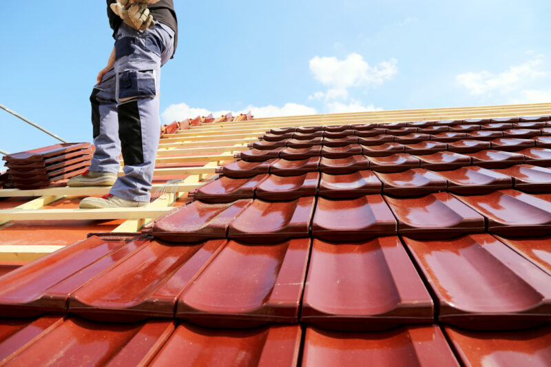 Wondering what kind of roofing material you should choose for your home? Check out our article for a helpful look at the benefits offered by each option.