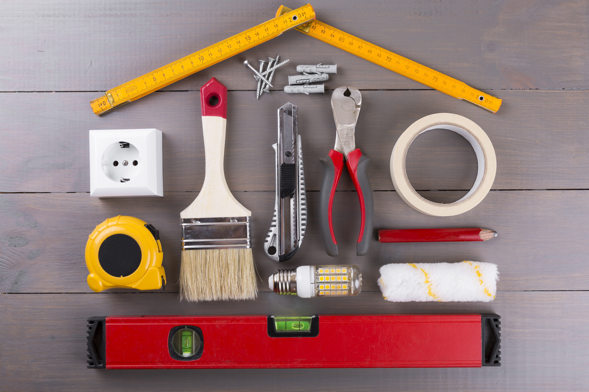 Spruce up your home this weekend with these great ideas. Easy home DIY projects you could complete this weekend to add flair and style to your living space