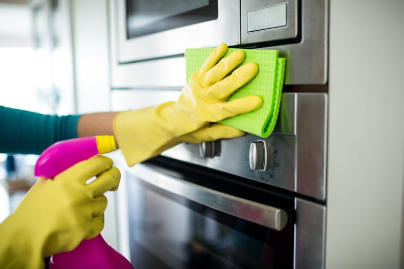 Are you lacking time to clean your home and don't know what to do? Learn about the benefits of a one time cleaning service here.
